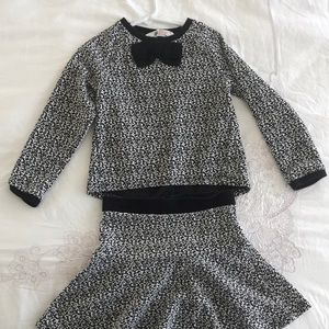 H&M two piece sweater and matching skirt size 4-6